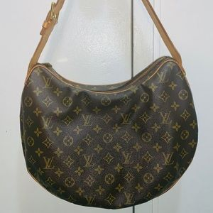 Louis Vuitton Croissant GM shoulder bag